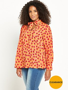 lost-ink-curve-blouse-in-toffee-apple-print