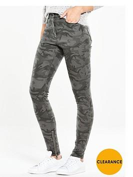 v-by-very-camouflage-skinny-jean