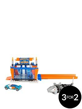 hot-wheels-mega-bloks-hot-wheels-small-feature-playsets