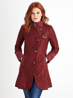 joe-browns-distinctive-tweedy-coat