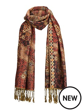 joe-browns-winters-dream-scarf