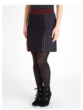 joe-browns-distinctive-skirt