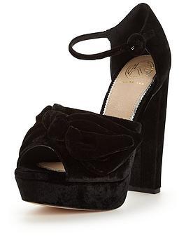 kg-jackpot-platform-sandal
