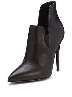 kendall-kylie-amber-dress-heeled-bootie-black