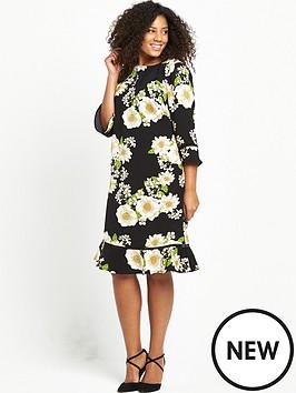 so-fabulous-curve-printed-drop-hem-shift-dress-black-base-floral