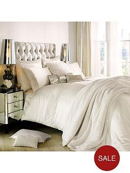 kylie-minogue-astor-square-pillowcase