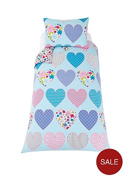 patchwork-hearts-duvet-cover-set