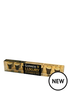 guinness-dark-amp-white-chocolate-mini-pints-65g