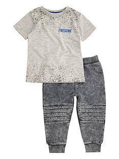 river-island-mini-boys-grey-t-shirt-and-joggers-outfit