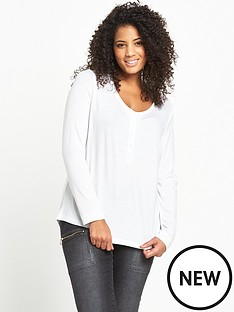 so-fabulous-scoop-neck-long-sleeve-henley-t-shirt