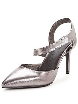 coast-cross-over-pointed-court-shoe