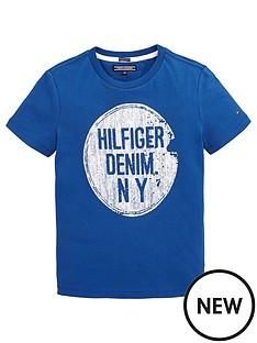 tommy-hilfiger-logo-tshirt