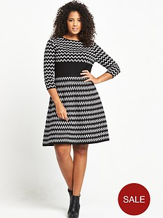 so-fabulous-zig-zag-mono-dress