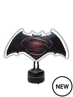 batman-v-superman-neon-light