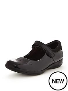 clarks-friend-fizz-shoe