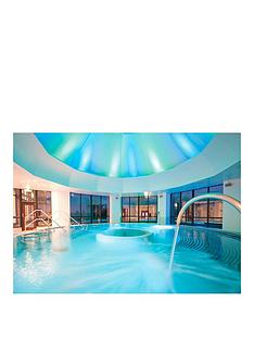 virgin-experience-days-the-champneys-day-at-springs-or-henlow-grange-luxury-spa-resort