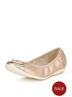 clarks-dance-puff-ballerina