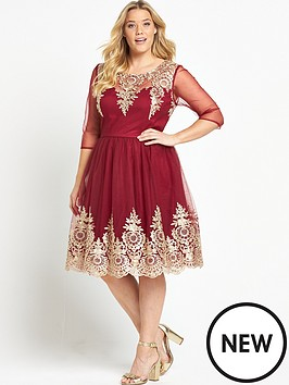 chi-chi-london-curve-embroidered-short-sleeve-dress