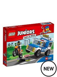 lego-juniors-police-truck-chase-10735