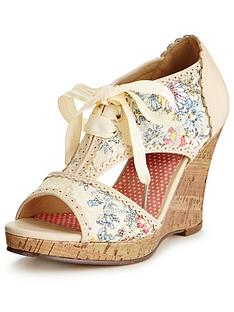 joe-browns-a-day-to-remember-shoes
