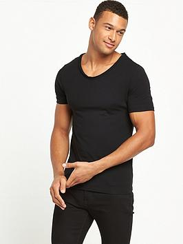 river-island-muscle-fit-scoop-v-neck-tshirt