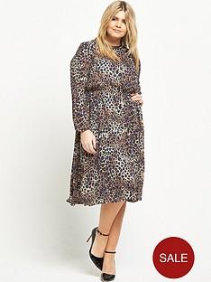 so-fabulous-curve-animal-print-woven-dress