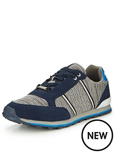 superdry-fuji-runner