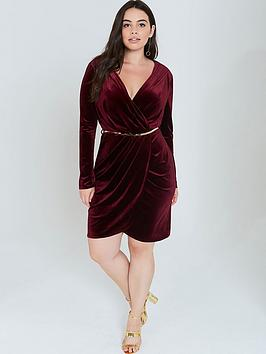 girls-on-film-curve-velvet-dress