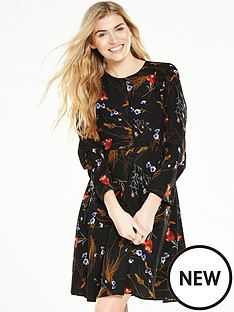 v-by-very-printed-longsleeve-tea-dress