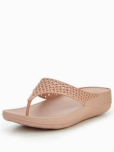 fitflop-fitflop-ringer-well-jelly-flip-flop-sandal