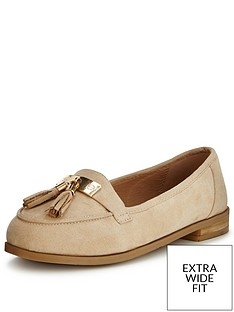 so-fabulous-lynda-extra-wide-fit-tasseled-loafer-nude