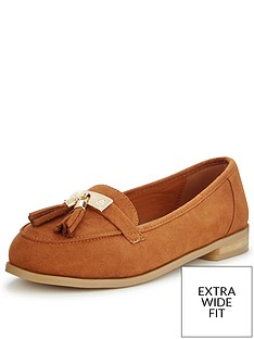 so-fabulous-lynda-extra-wide-fit-tasseled-loafer-tan