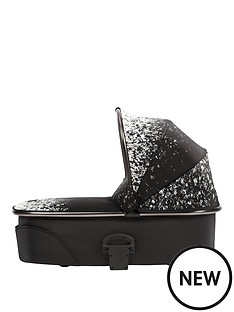 mamas-papas-urbo2-carrycot-ombre-pewter