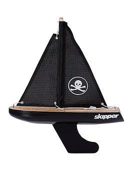 chubby-yacht-skull-amp-crossbones-8-inch