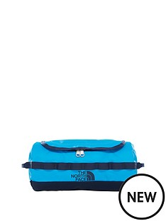 the-north-face-small-base-camp-duffle-hyper-blueurban-navy