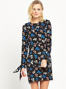 warehouse-dandy-flower-tie-sleeve-dress