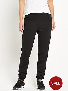 puma-essential-sweatpant