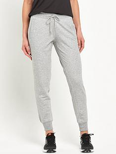 new-balance-classic-tailored-sweatpant