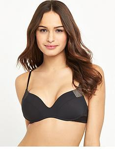 wonderbra-wireless-push-up