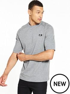 nike-sportswear-modern-t-shirt