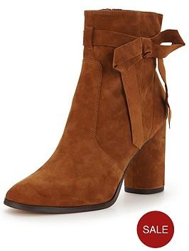 miss-selfridge-alixe-suede-ankle-boot-tan