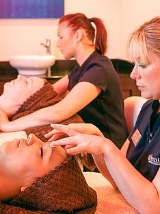 virgin-experience-days-spa-day-for-two-at-bannatynesnbspin-a-choice-of-39-locations