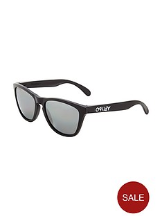 oakley-matte-black-polarized