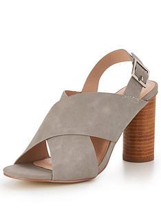 glamorous-cross-strap-sandal