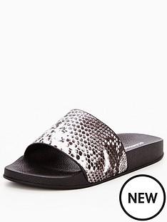 glamorous-snake-slider-sandal