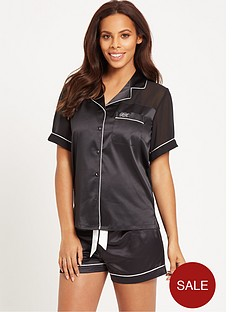 rochelle-humes-short-sleeve-chiffon-back-satin-short-set-black