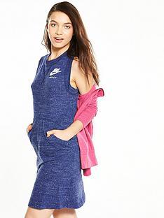 nike-sportswear-gym-vintage-dress
