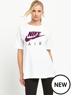 nike-air-boyfriend-fit-t-shirt