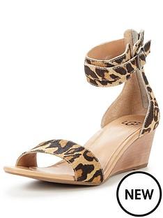 ugg-ugg-char-leopard-low-wedge