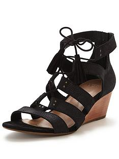 ugg-yasmin-caged-wedge
